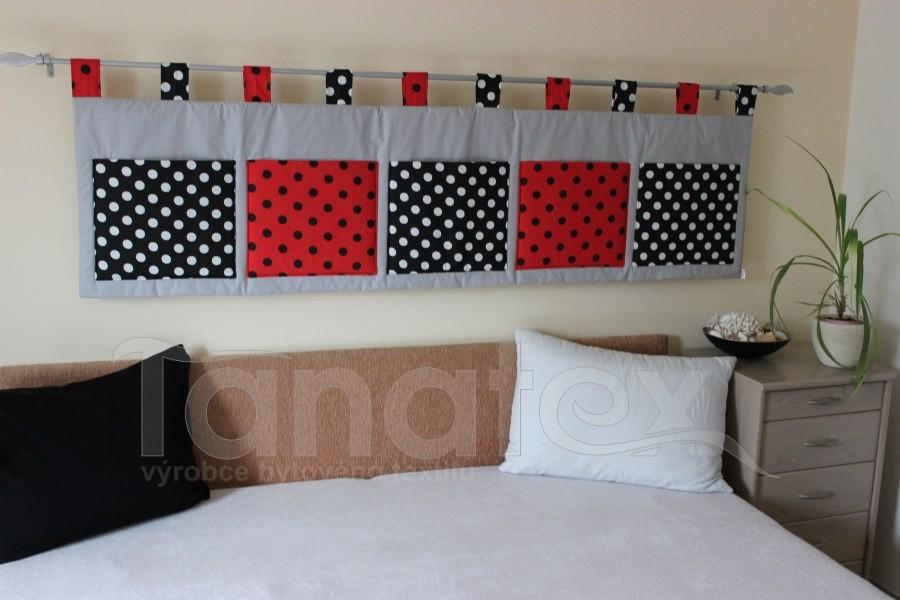Kapsář - Šedý - puntíky černé a červené - velký