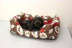 Obdelníček malý - bavlněný Hnědí pejskové a kostičky - vínový polštář Pelíšky pro psy - Pelechy - Obdelníček